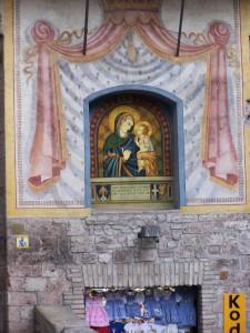 Assisi street corner